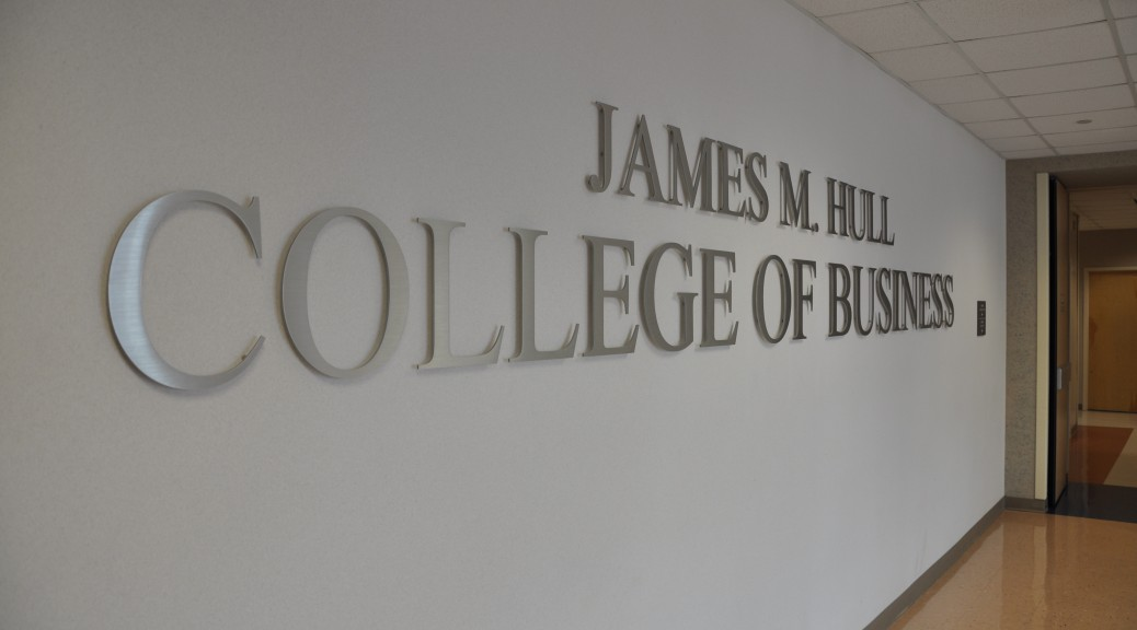 Hull College Sign (3)